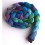 Iris Patch on BFL Wool Roving