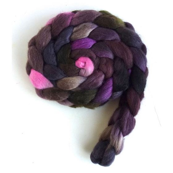 Tulips in the Dark - Polwarth/Silk Roving-2